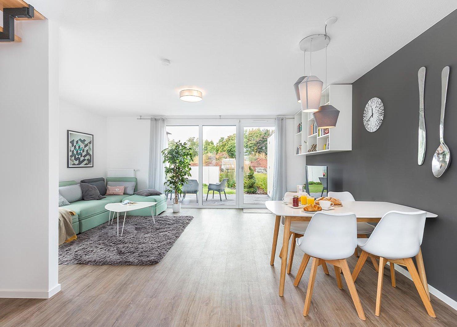 Eigenheim günstig kaufen   Deutsche Reihenhaus AG